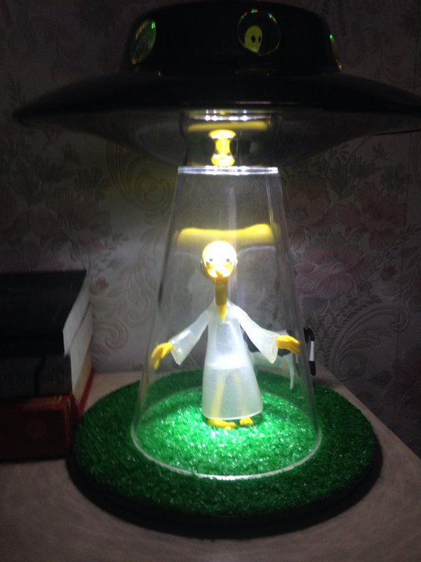 alien abduction lamp photo - 6