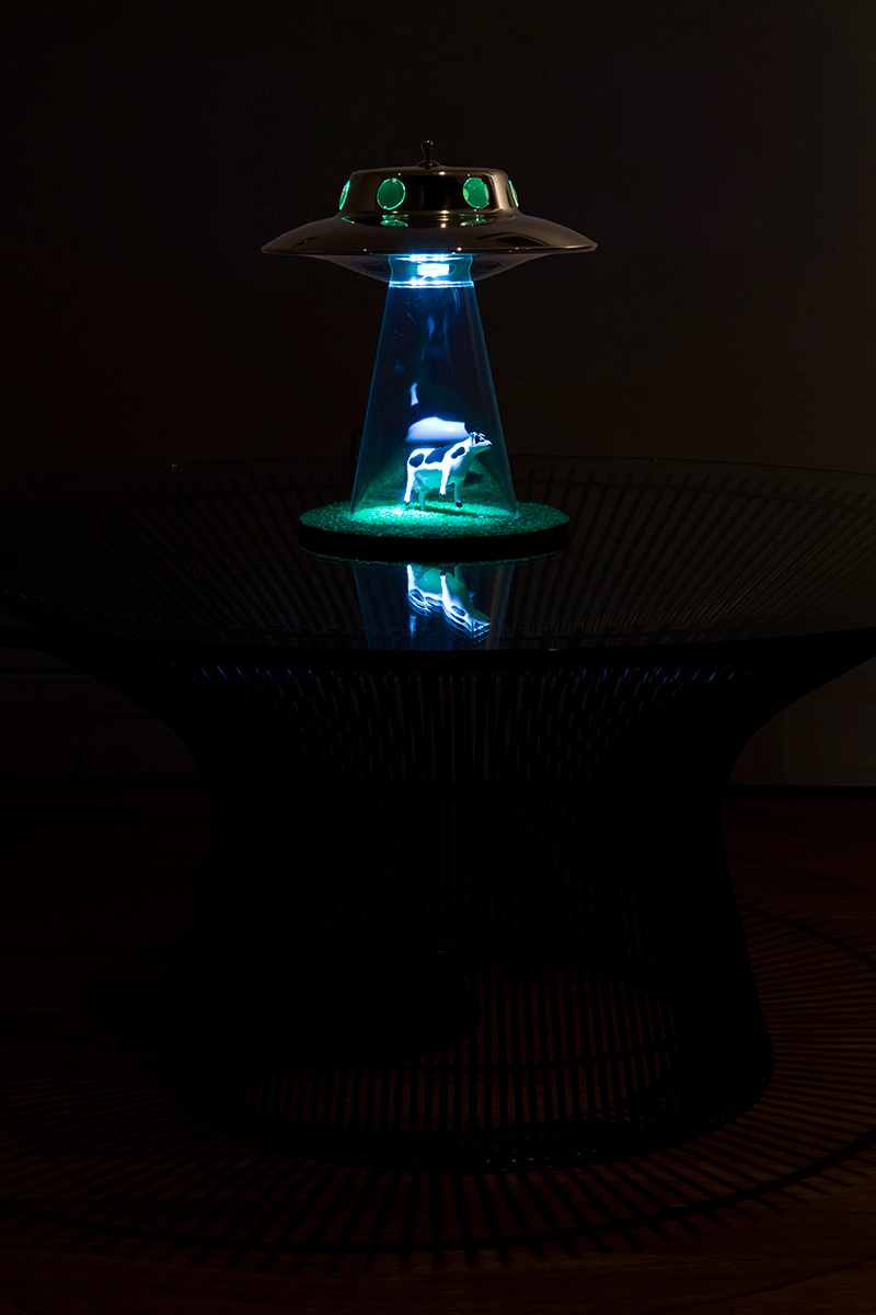 alien lamp photo - 10