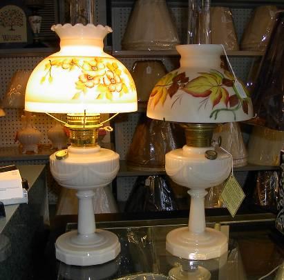 antique aladdin oil lamps photo - 4