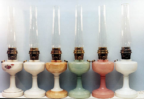 antique kerosene lamps photo - 1