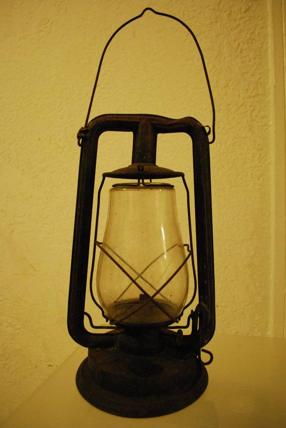 antique kerosene lamps photo - 10