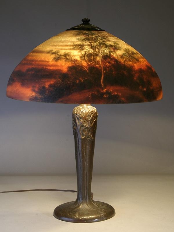 antique lamp photo - 9