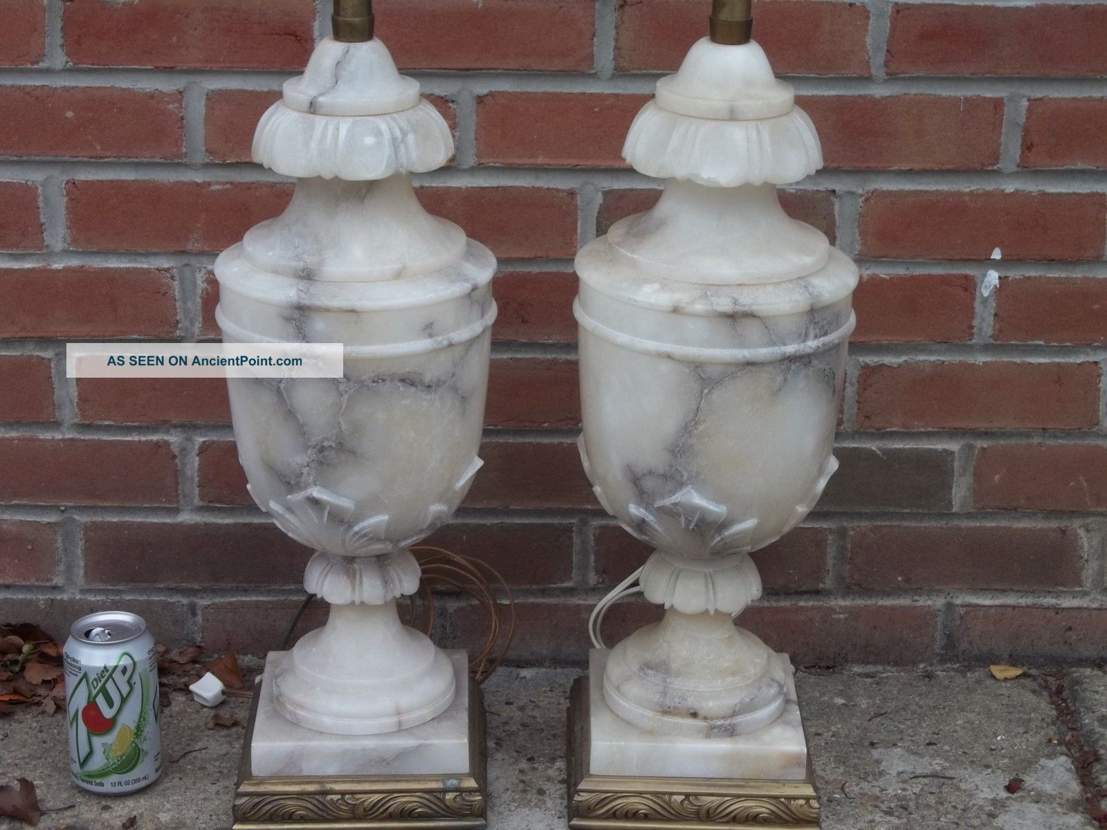 antique marble lamps photo - 1