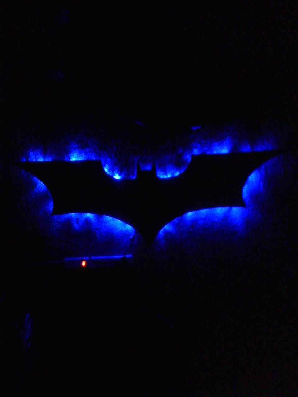 bat signal lamp photo - 4
