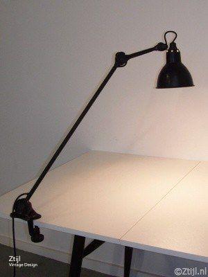 bauhaus lamp photo - 7