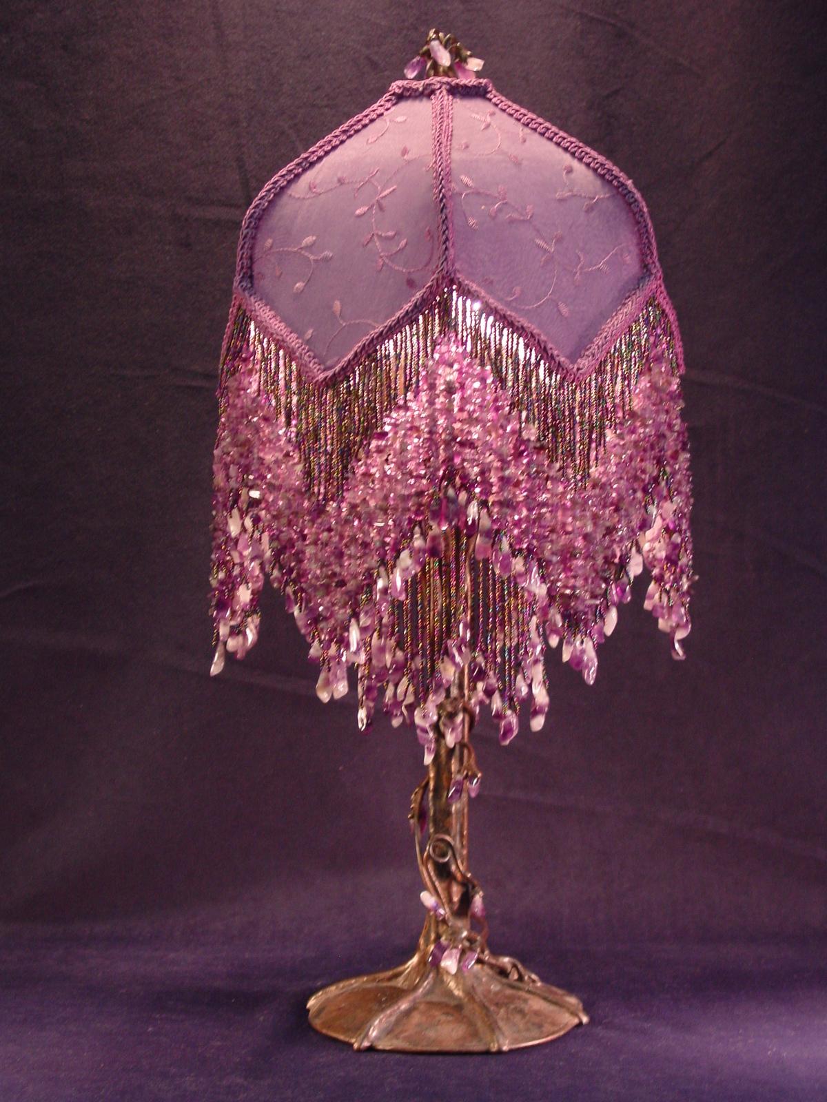 beaded table lamp photo - 4