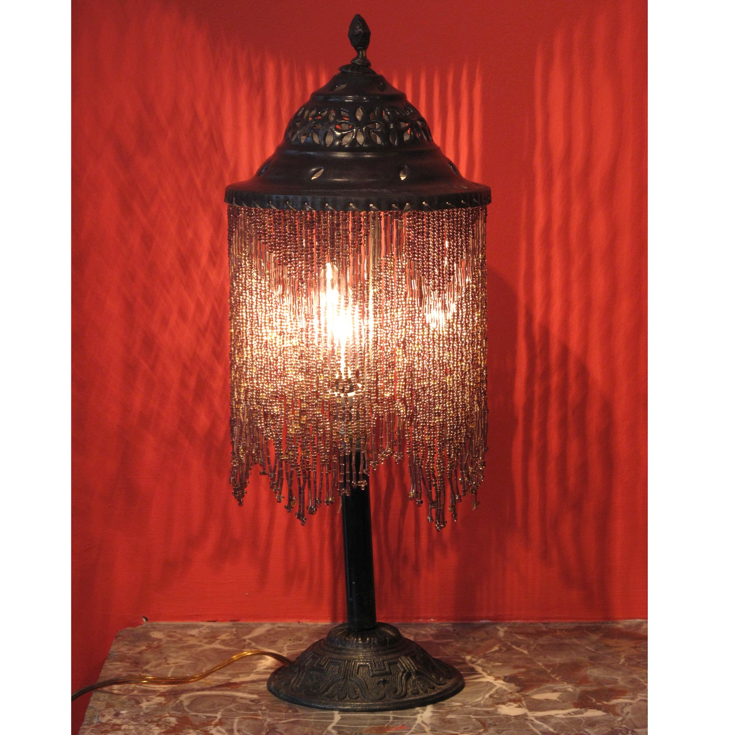 beaded table lamp photo - 5