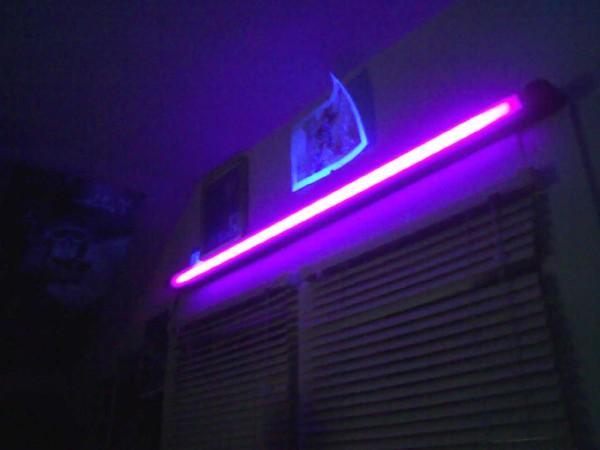 Blacklight Lamp Warisan Lighting