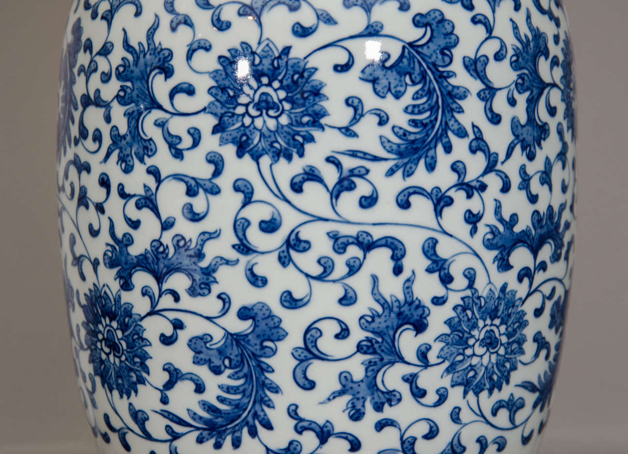 blue and white ginger jar lamps photo - 8