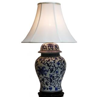 blue and white porcelain lamp photo - 8