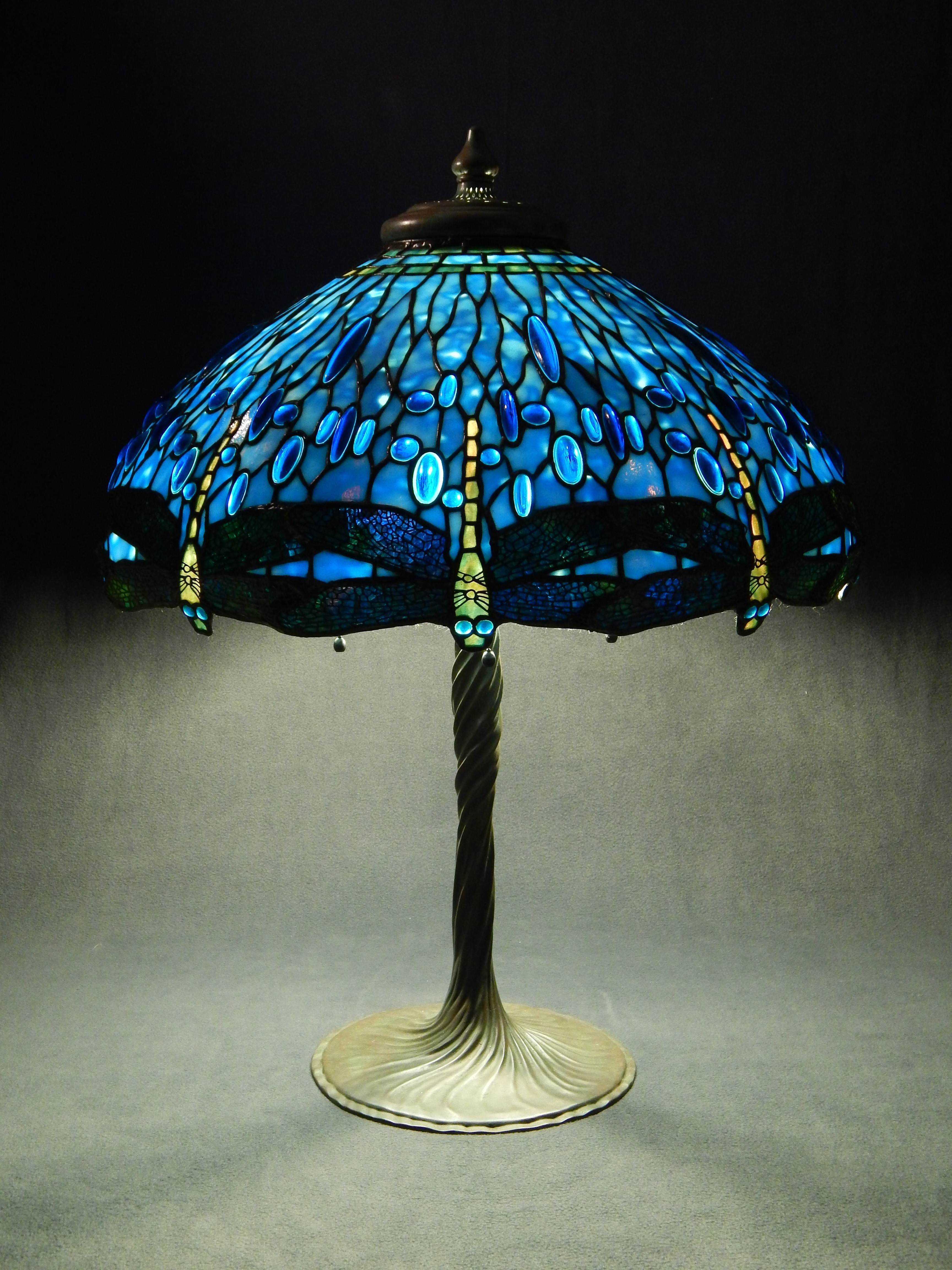 10 Adventages Of Blue Tiffany Lamps Warisan Lighting