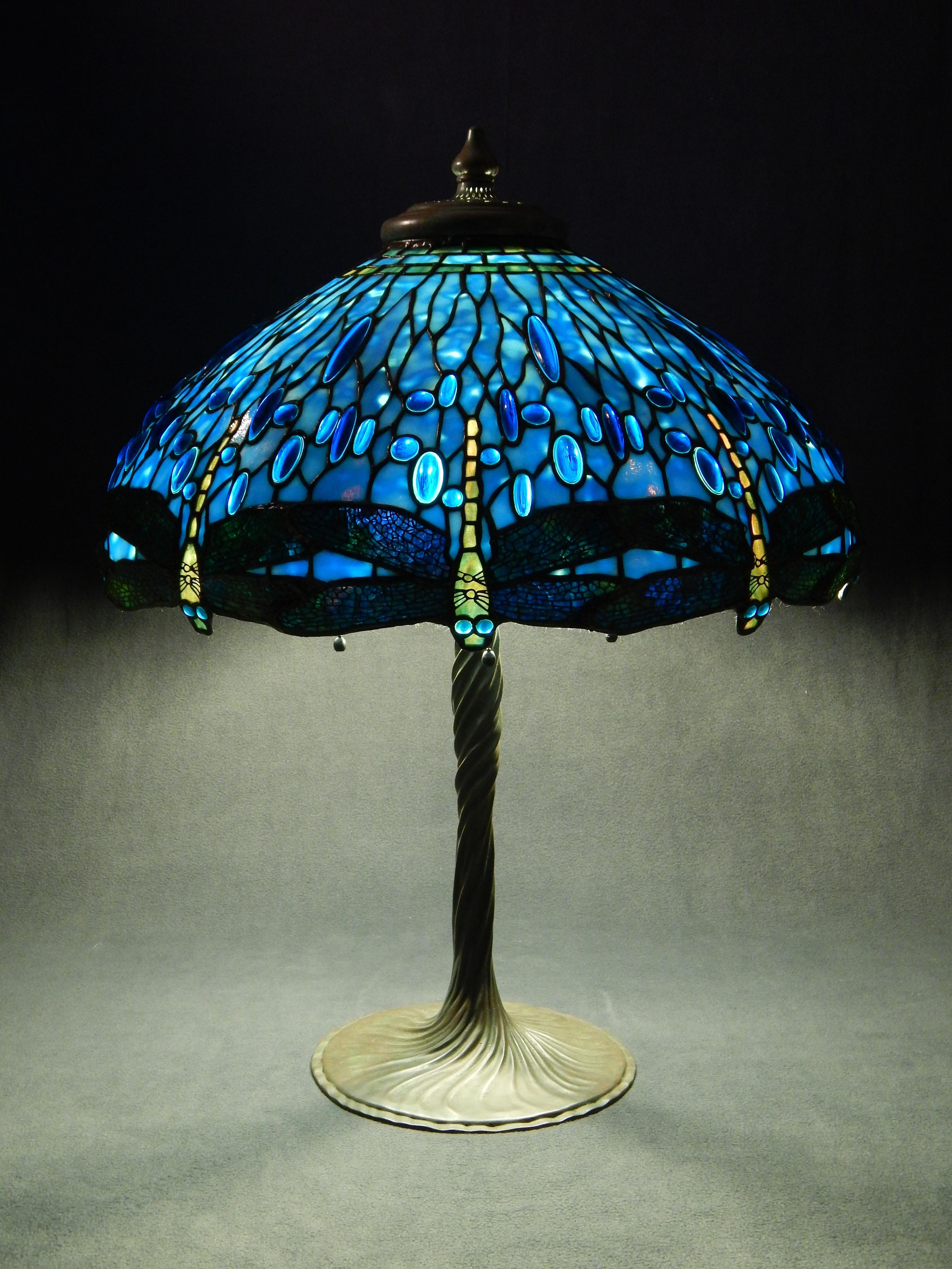 blue tiffany lamp photo - 3