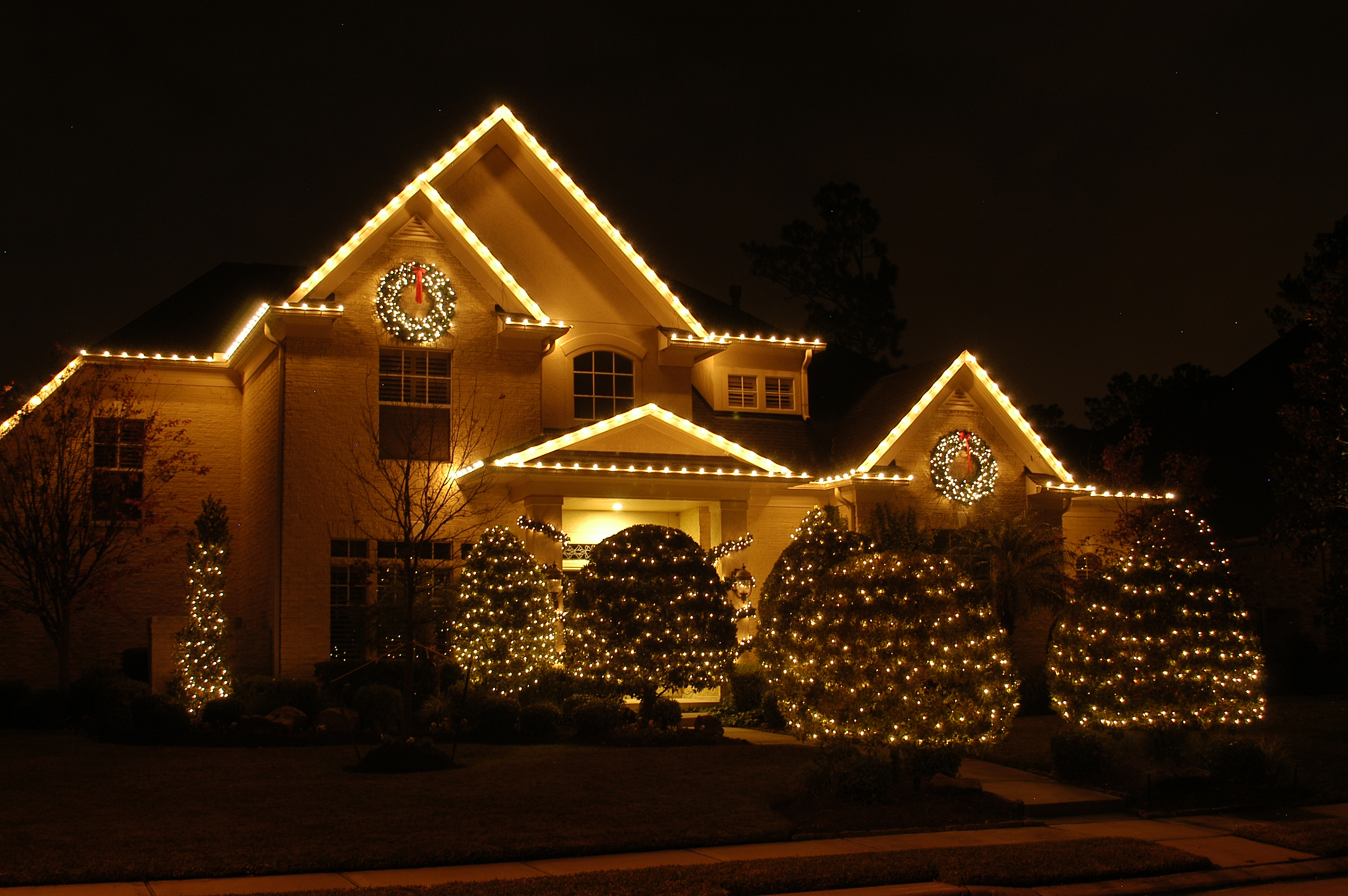 C9 outdoor christmas lights - all about spreading joy and creating ...