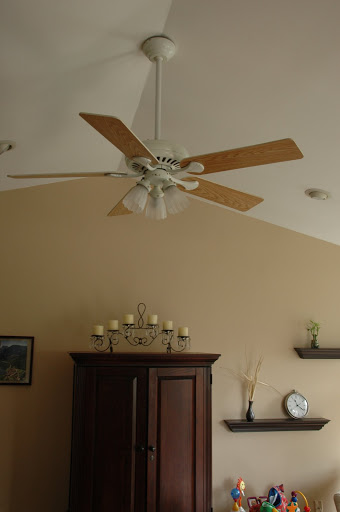 ceiling fan on vaulted ceiling photo - 3