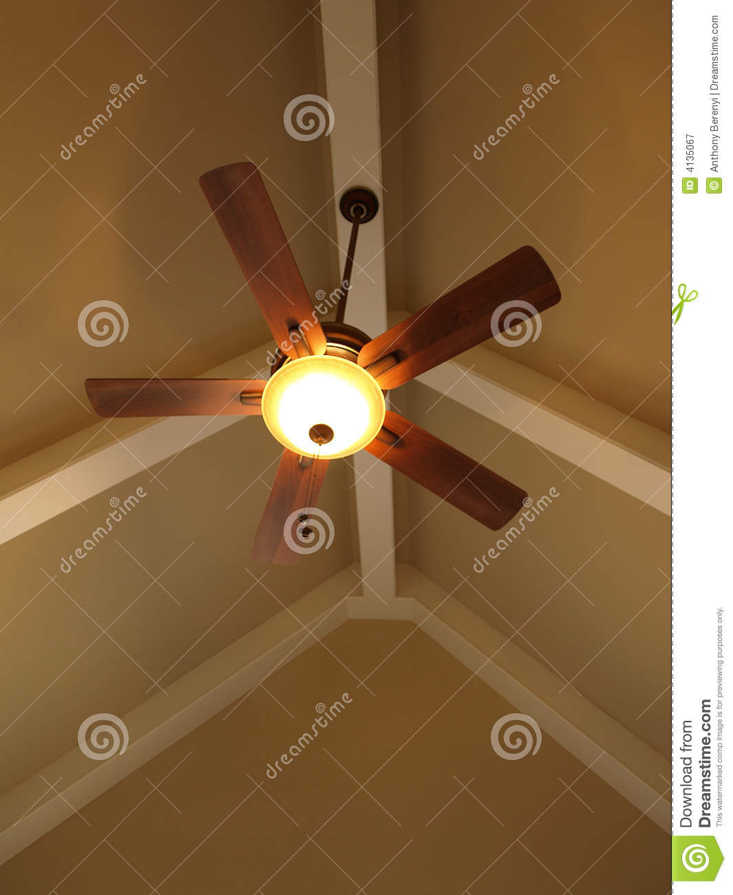 Ceiling Fan On Vaulted Ceiling