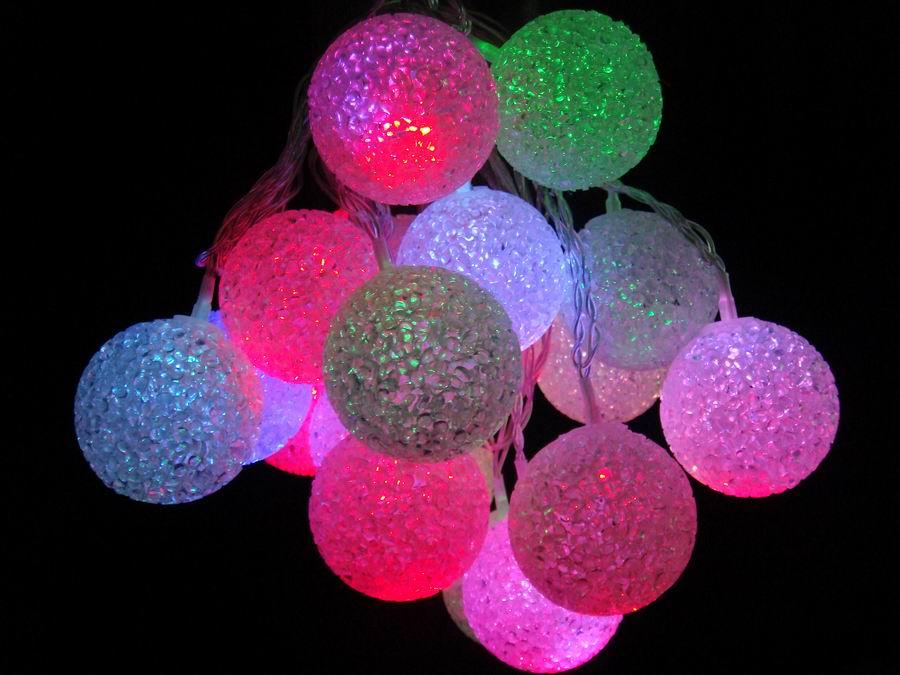 christmas globe lights outdoor photo - 8
