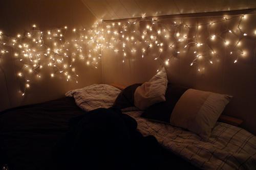 christmas lights on bedroom wall photo - 7