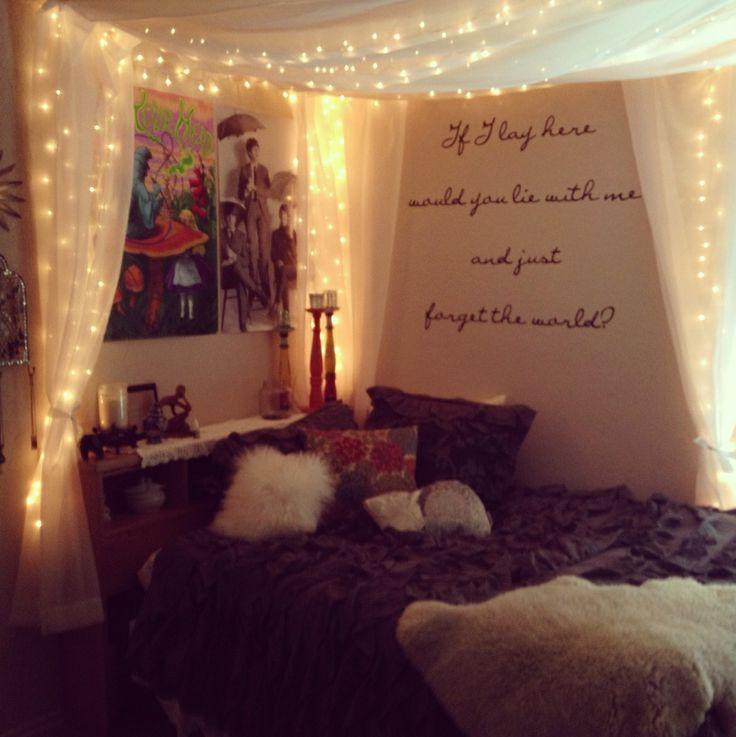 christmas lights on bedroom wall photo - 9