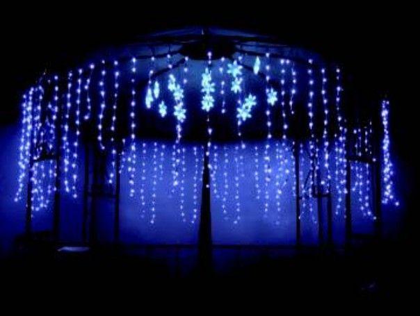 christmas outdoor icicle lights photo - 2