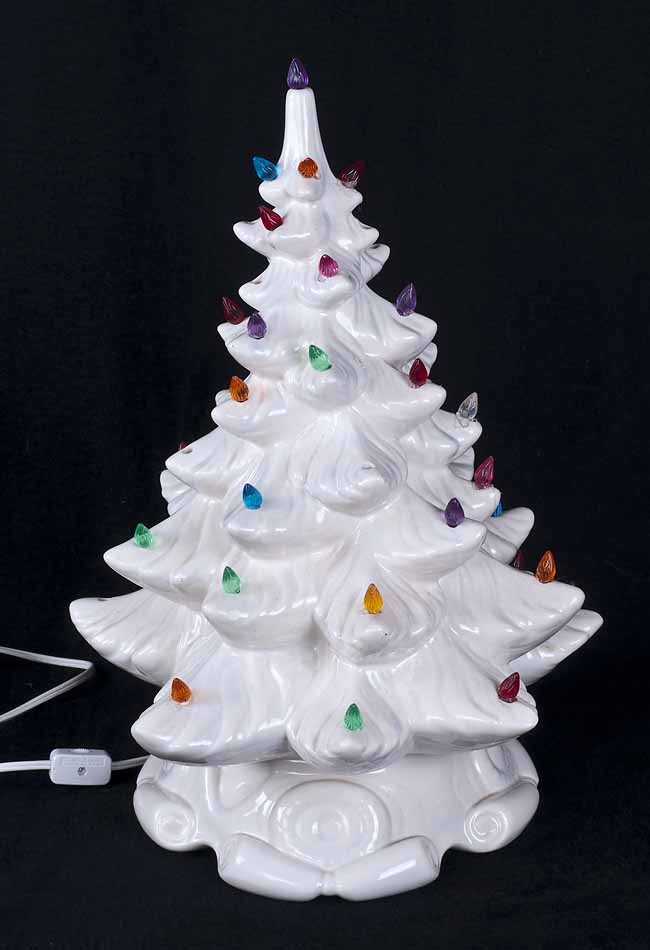 christmas tree lamp photo - 10