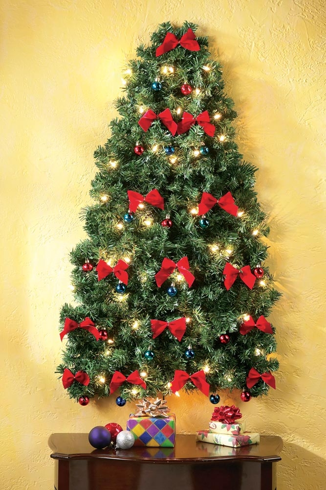 christmas tree wall lights photo - 3