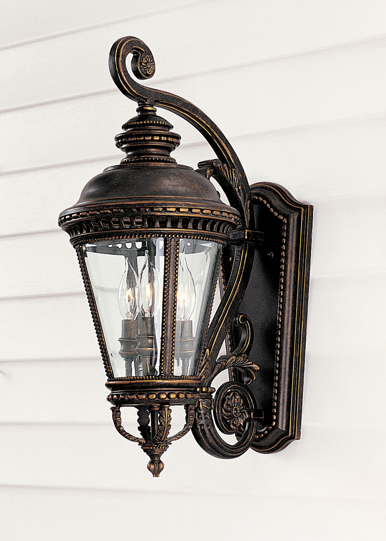 classic outdoor lighting photo - 10