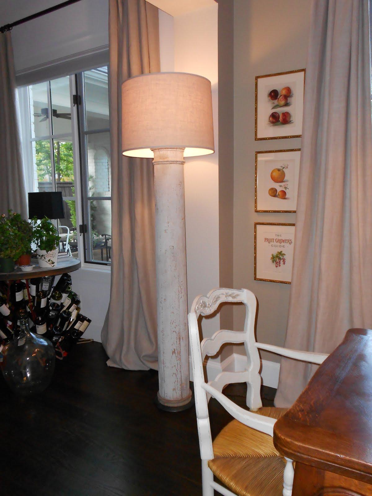 column floor lamp photo - 1