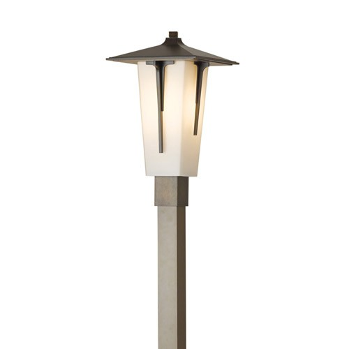 contemporary outdoor post lighting photo - 3