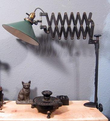 desk lamp clamp photo - 8