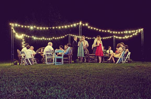diy outdoor wedding lighting photo - 10