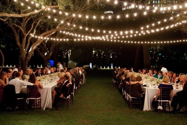 diy outdoor wedding lighting photo - 8