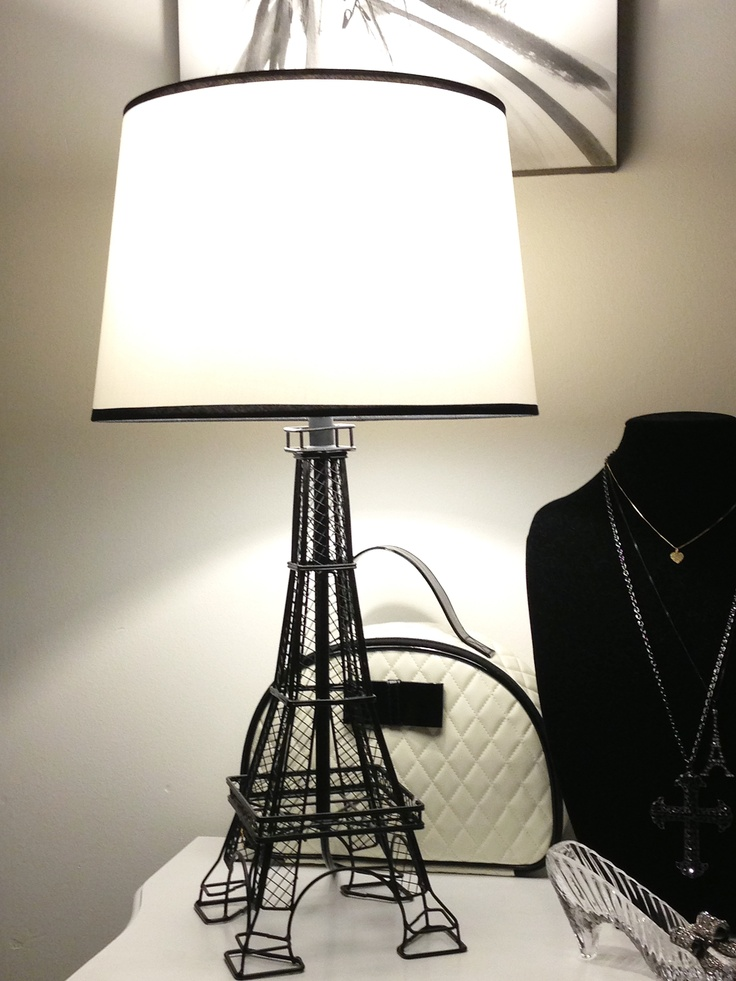 eiffel tower lamps photo - 1