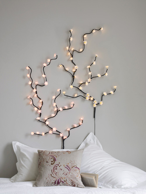 fairy lights on wall photo - 9