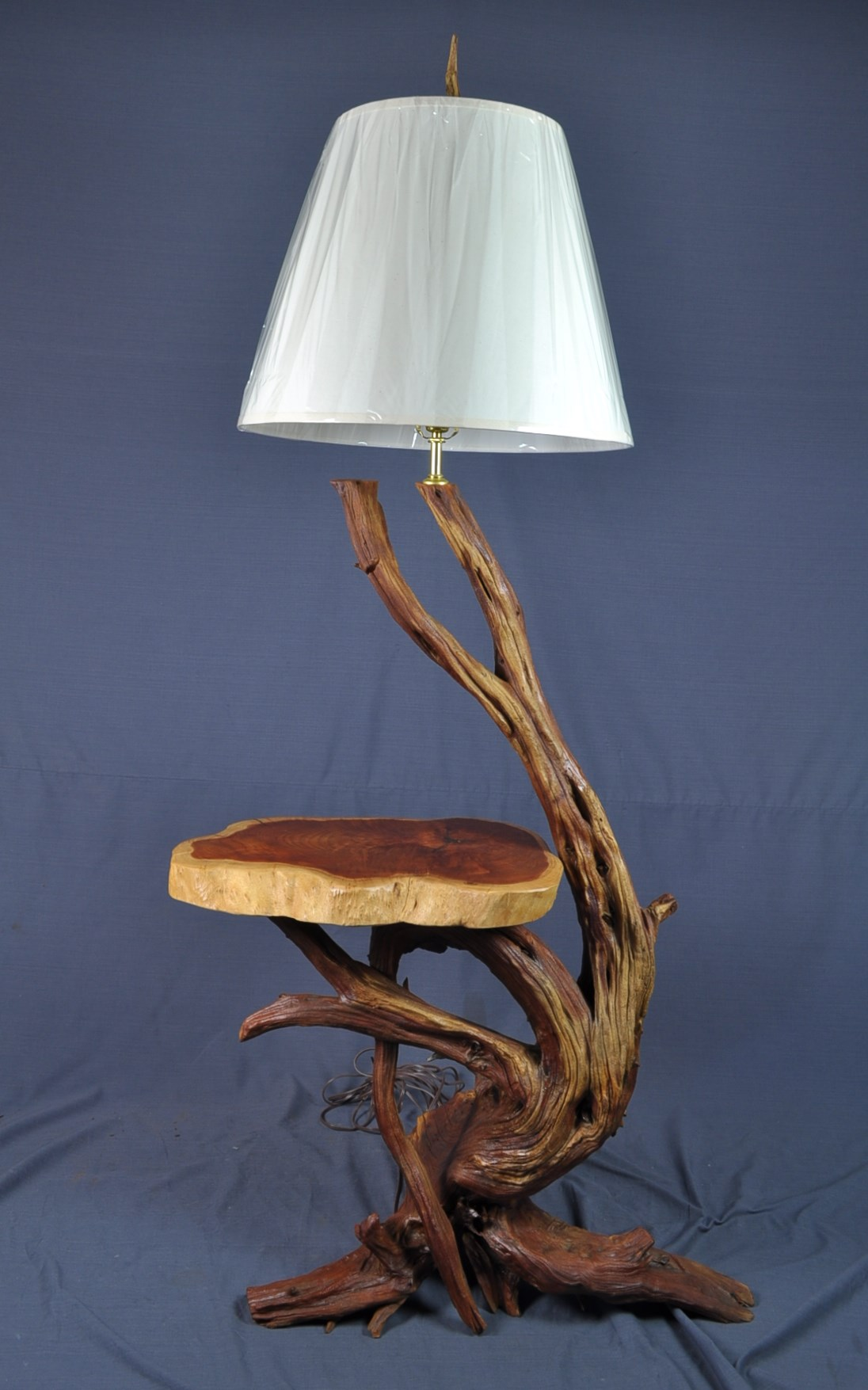 Best Combination For Your Floor Lamp With Table Attached