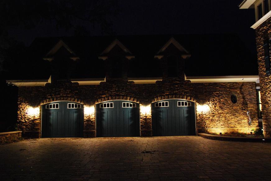 garage outdoor lights photo - 1