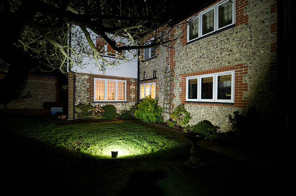 garden flood lights outdoor photo - 6