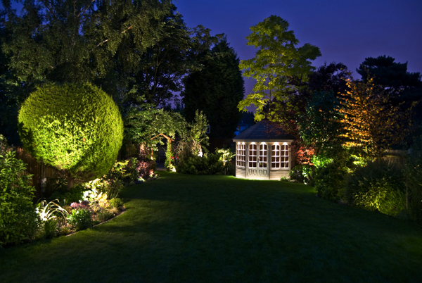 garden outdoor lights photo - 1