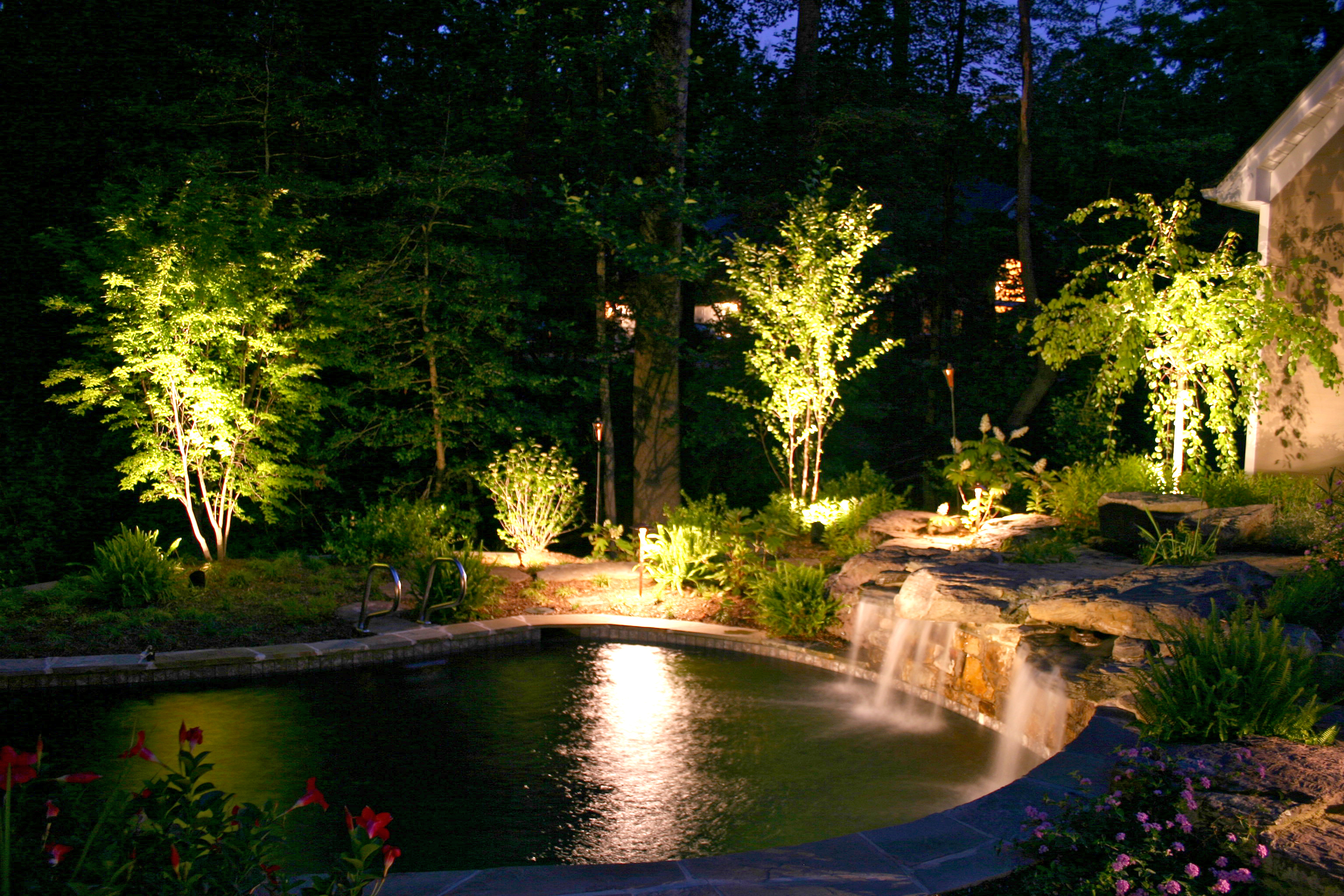 garden outdoor lights photo - 7