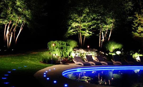garden wall lights patio photo - 1