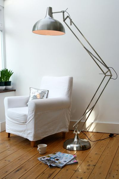 giant lamp photo - 2