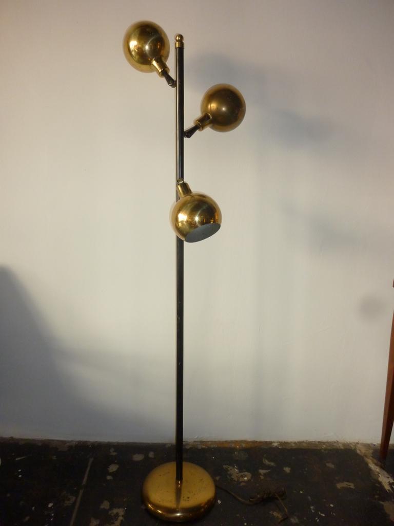 globe floor lamp photo - 9