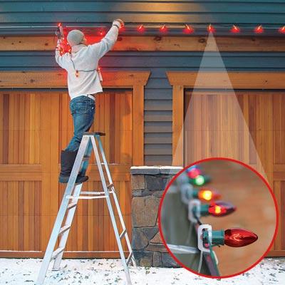 hang outdoor christmas lights photo - 4