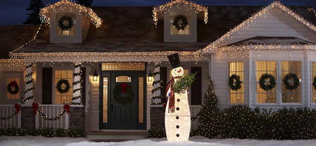 hang outdoor christmas lights photo - 7