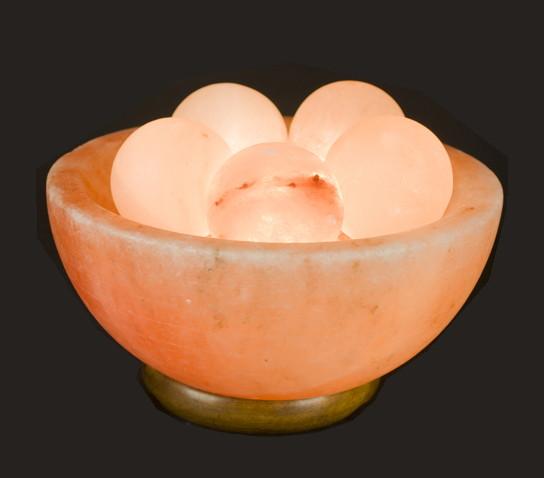 himalayan salt lamp photo - 2