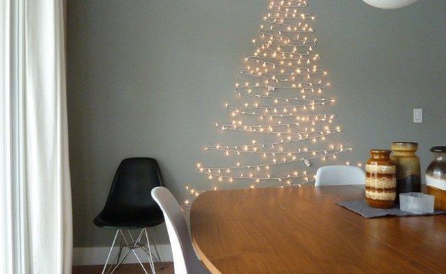 how to make a wall christmas tree with lights photo - 3