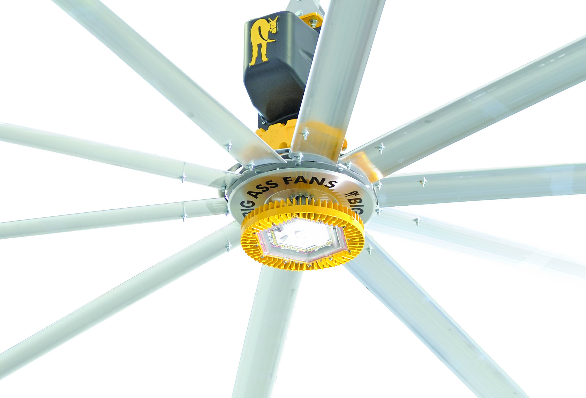 10 Adventages Of Huge Ceiling Fans Warisan Lighting