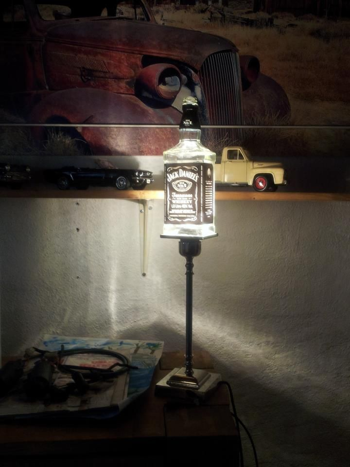 jack daniels bottle lamp photo - 10