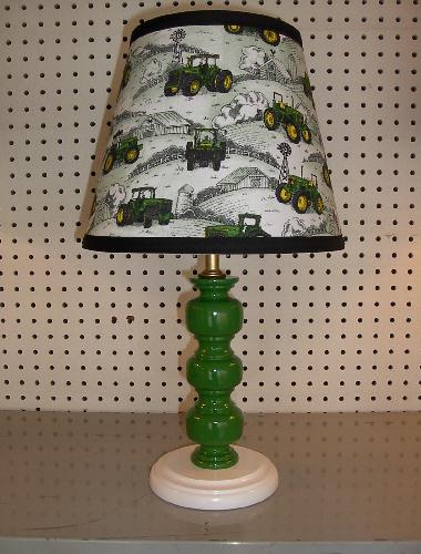 Green John Deere Lamp Shade : Facts about john deere tractor lamp warisan lighting