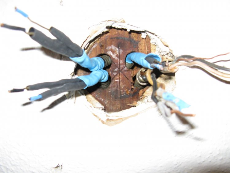 junction box for ceiling fan photo - 9