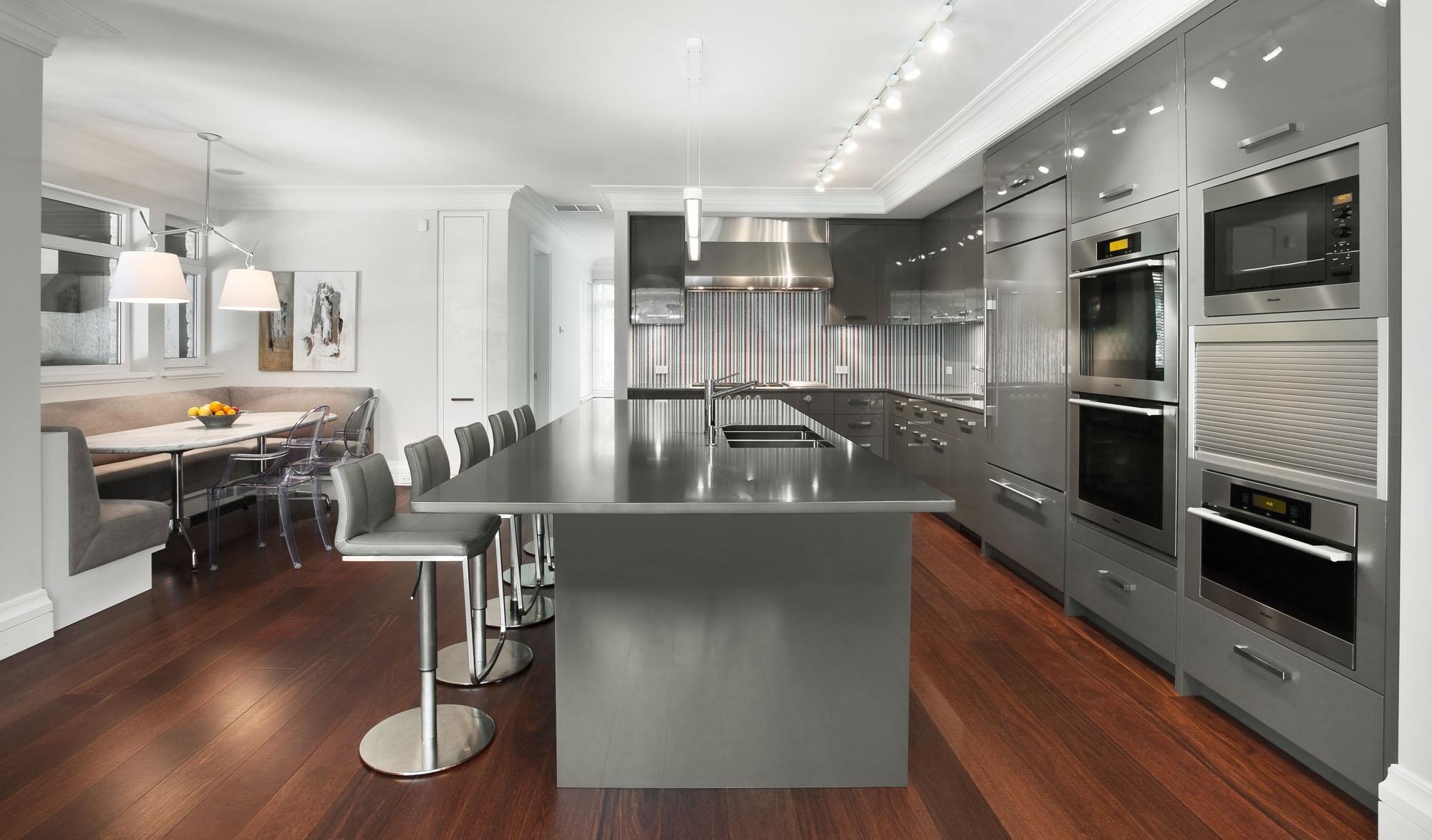 Light Gray Kitchen Walls Grey Kitchen Cabinets Yellow Walls Com Grey Kitchen Cabinets